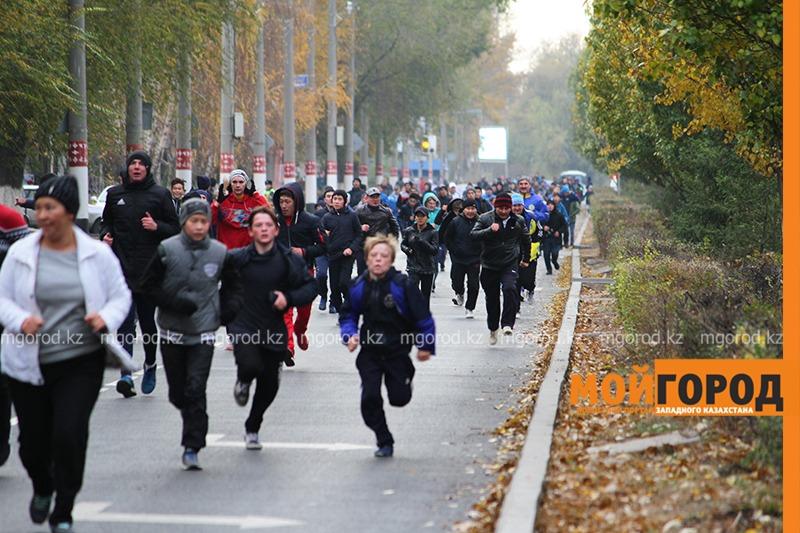 Легкоатлетический забег прошел в Уральске