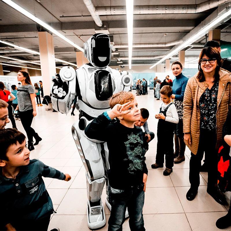 Новости Уральск - В Уральске проходит грандиозная выставка роботов
