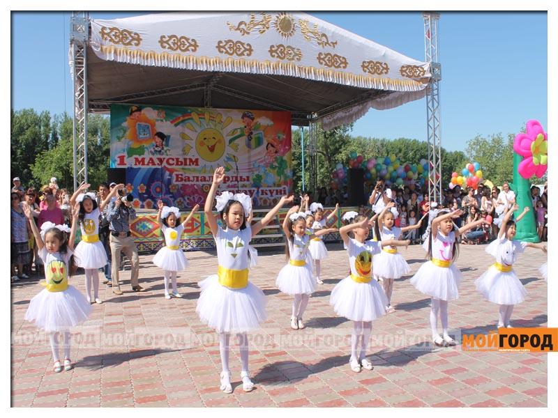 Численность населения в Казахстане достигла 18,31 млн человек