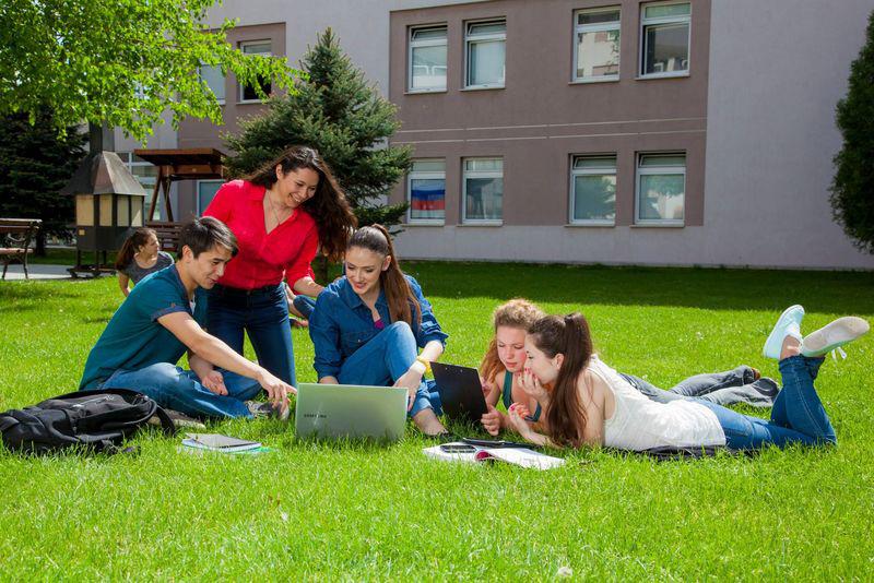 Новости Уральск - Получить американское образование в Болгарии предлагает «Destination»