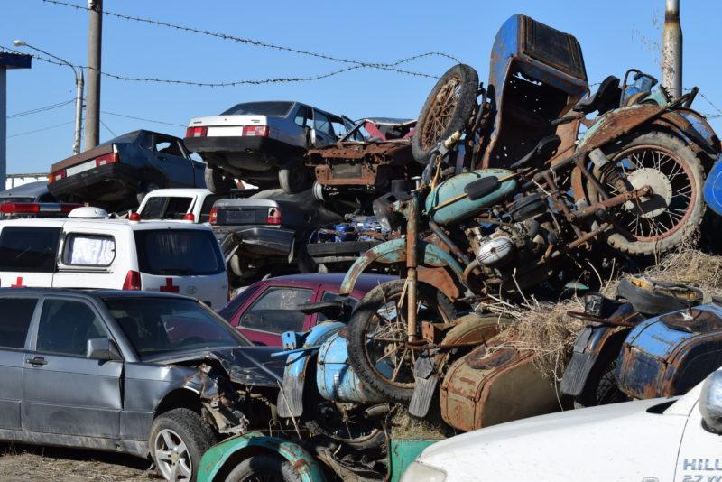 Новости Атырау - В Атырау аннулировали долги водителей, чьи машины забрали на штрафстоянку