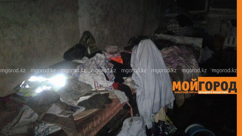 Пожарные эвакуировали 95 человек из общежития Уральска