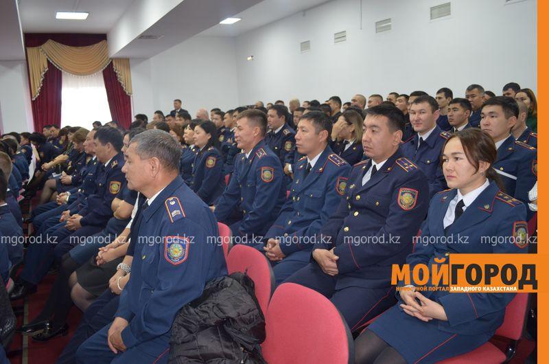 Новости - Оперативникам и следователям в Казахстане повысят зарплаты до 170 тысяч тенге с 1 июля
