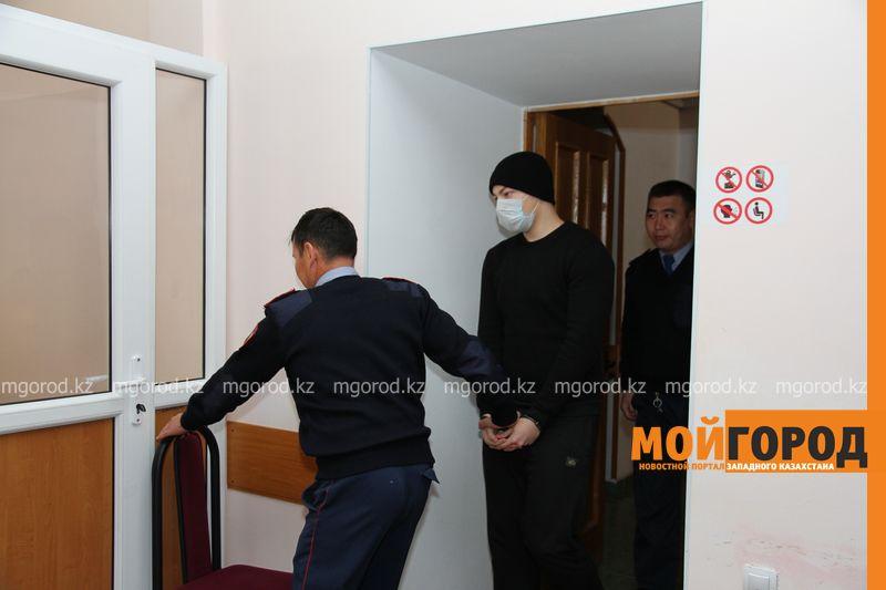 В Уральске вынесли приговор парню, зарезавшему друга