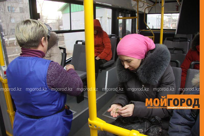 Новости Уральск - Орал қаласында тағы 4 жолаушы көлігі жолақыны электронды түрде қабылдамақ