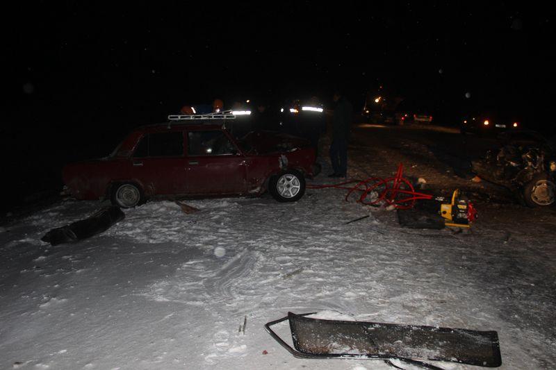 Зажатого во время ДТП водителя автомобиля пришлось вызволять спасателям в ЗКО