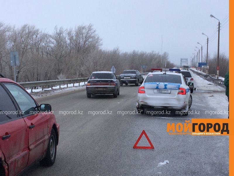 Новости Атырау - Из-за гололеда закрыли трассу Атырау-Астрахань