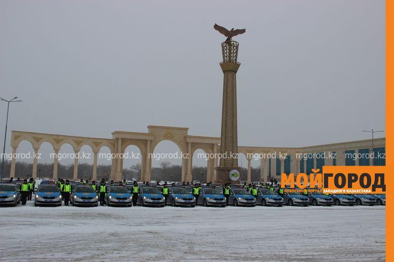Новости Актобе - Актюбинским полицейским вручили 110 новых автомобилей
