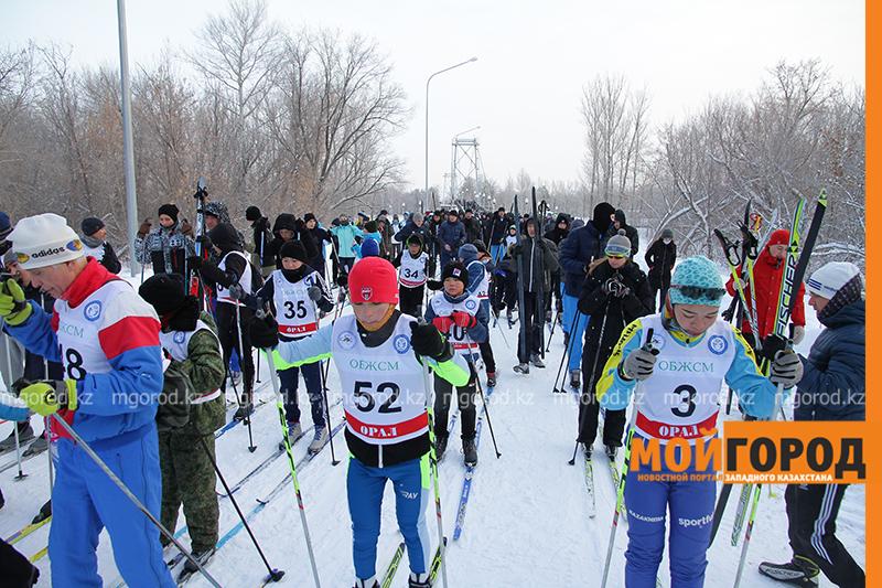 Новости Уральск - Массовый лыжный забег прошел в Уральске (фото)