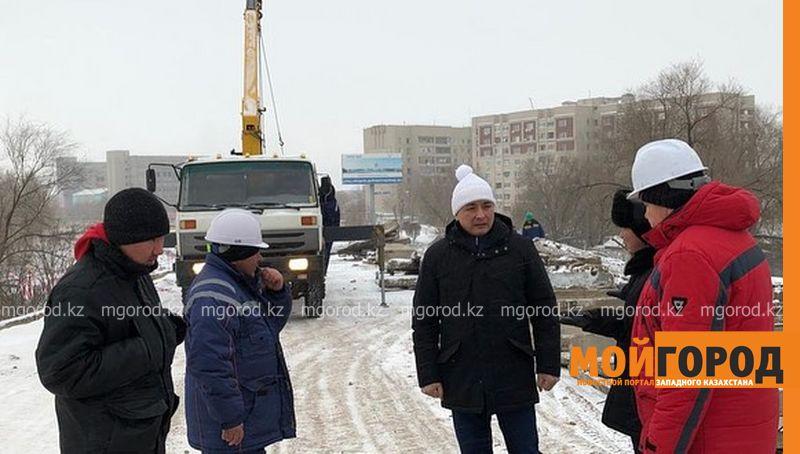 Подрядчик пообещал сдать омеговский путепровод в Уральске раньше срока