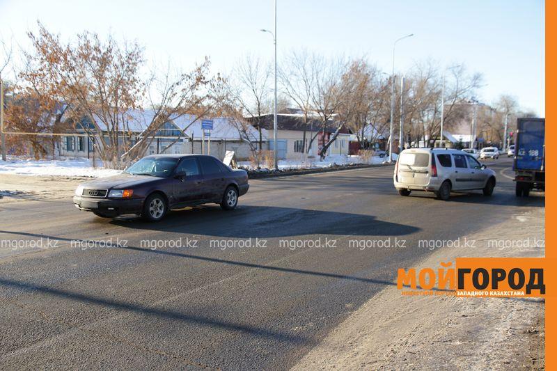 Женщину сбили на пешеходном переходе в Уральске