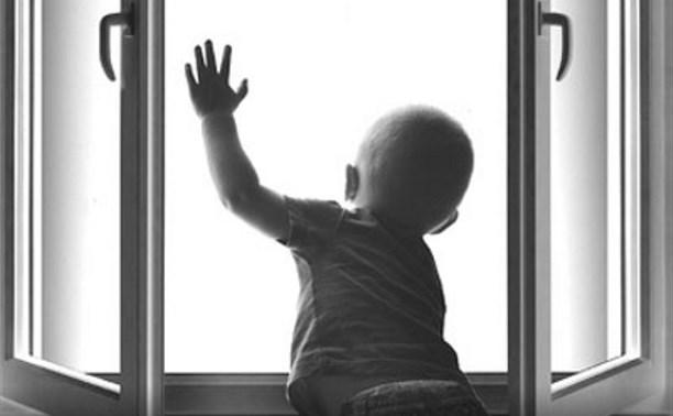 Новости Атырау - В Атырау 4-летний мальчик выпал из окна многоэтажки