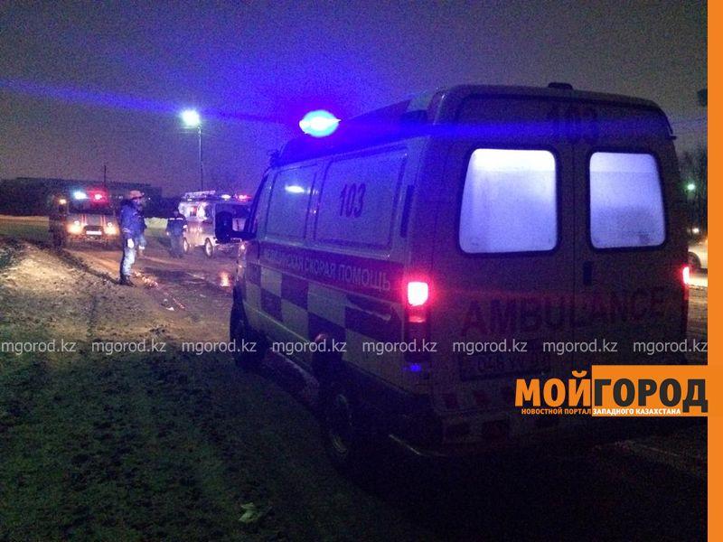 Три человека погибли в ДТП на мосту в Атырау