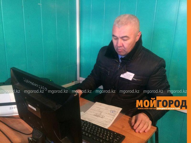 Новости Уральск - Погодные условия назвали причиной затора на казахстанско-российской границе
