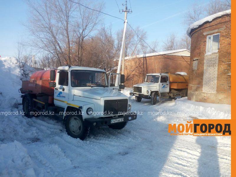 Новости Уральск - В Зачаганске ликвидировали аварию на канализационных сетях