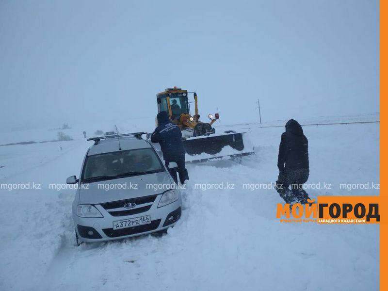 Новости Уральск - 23 человека спасли из снежного плена в ЗКО