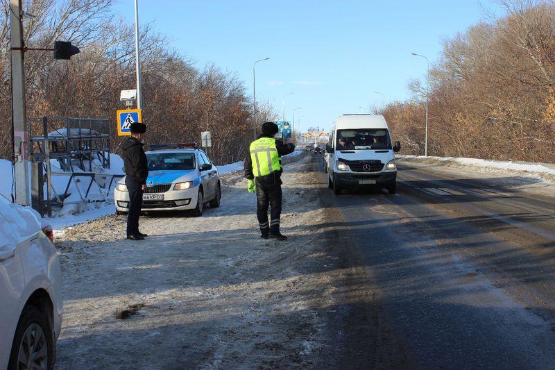 """В ЗКО водителя пассажирской """"Газели"""" оштрафовали по трем статьям"""