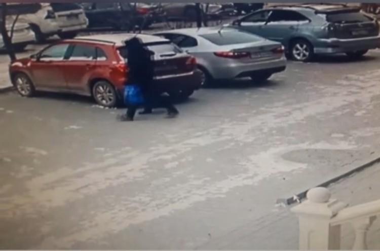 Новости Атырау - В Атырау двое неизвестных обворовали квартиру, связав хозяйку
