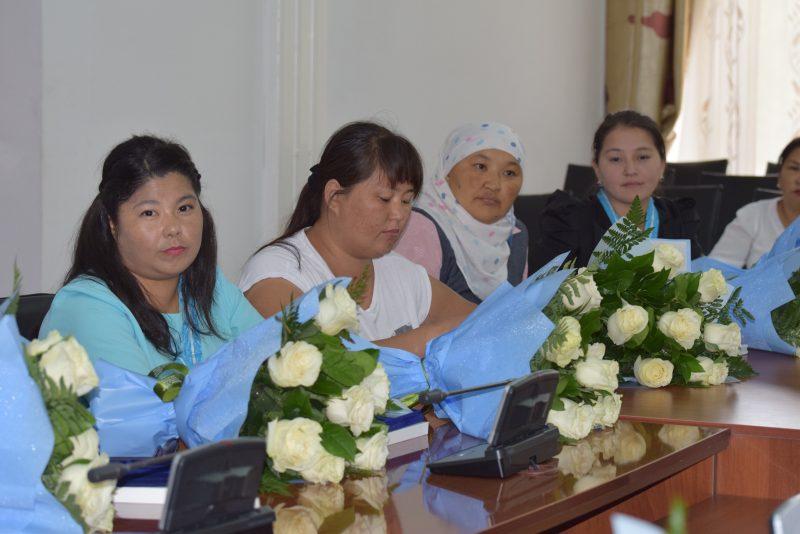 Новости Атырау - В Атырау 283 женщины воспитывают десять и более детей