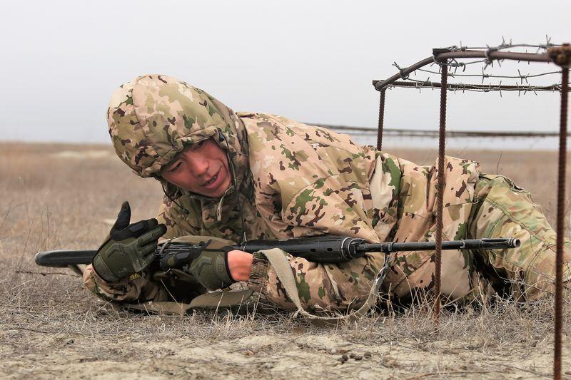 Лучших снайперов выбирают для участия в Армейских международных играх (фото)