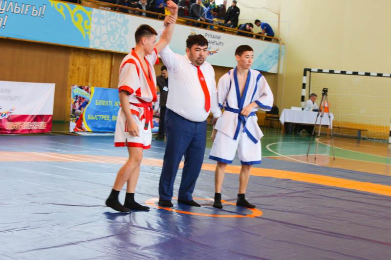 Новости Уральск - Соревнования по қазақша күрес прошли в Уральске