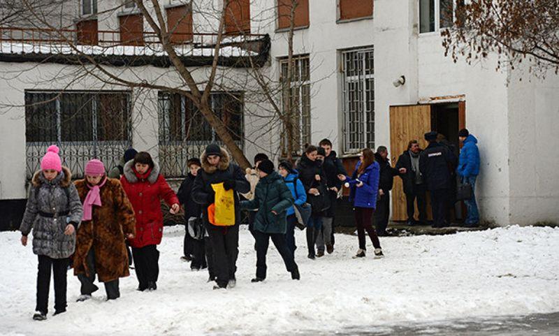 Новости - Белорусский подросток зарезал учительницу и школьника