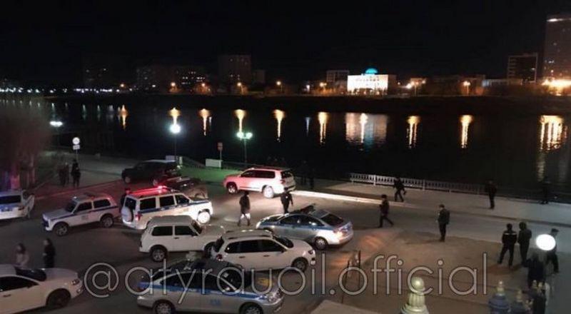 Новости Атырау - Полицейский погиб, спасая девушку в Атырау