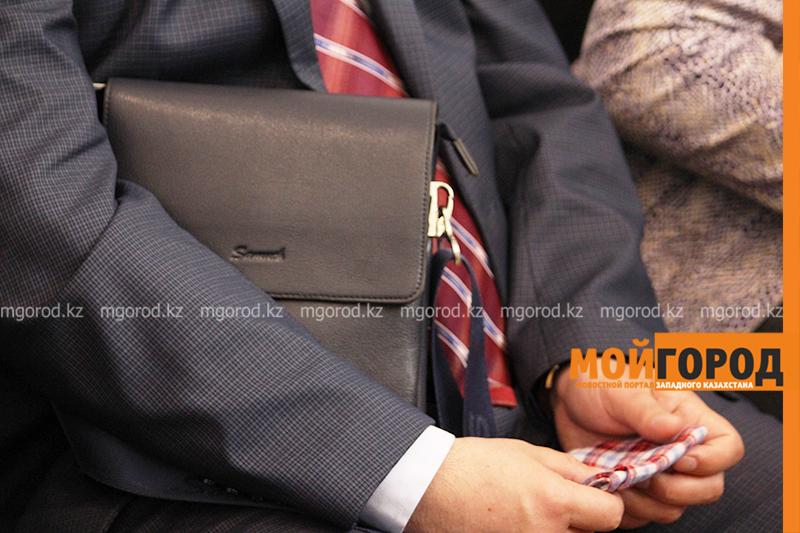 Новости Атырау - Антикоррупционная служба Атырауской области подозревает чиновника в покровительстве бизнеса супруги