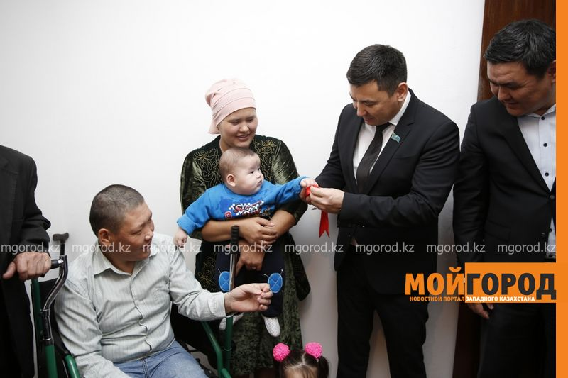 Новости Атырау - В Атырауской области параспортсмен получил ключи от собственной квартиры