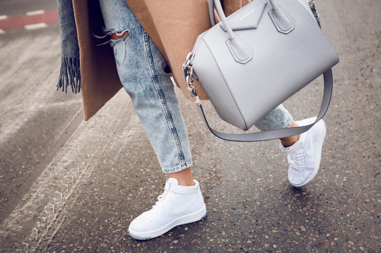 Новости PRO Ремонт - Тот кто в модных белых кроссовках должен это знать