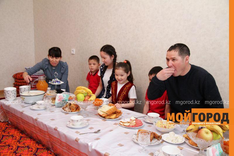 Новости Уральск - Вице-министр посетила многодетные семьи в ЗКО