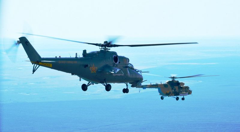 13 человек погибли при крушении вертолета в Кызылординской области
