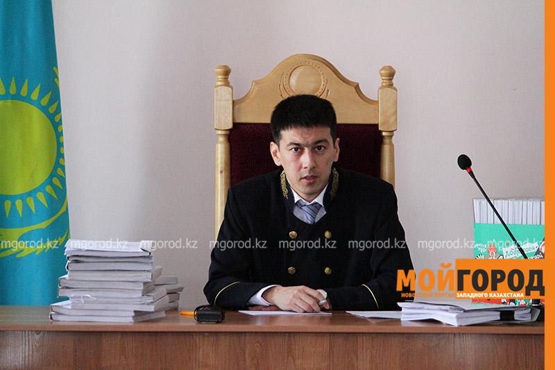 Новости Уральск - В суде были допрошены потерпевшие, дома которых обокрали подозреваемые в убийстве двух валютчиков