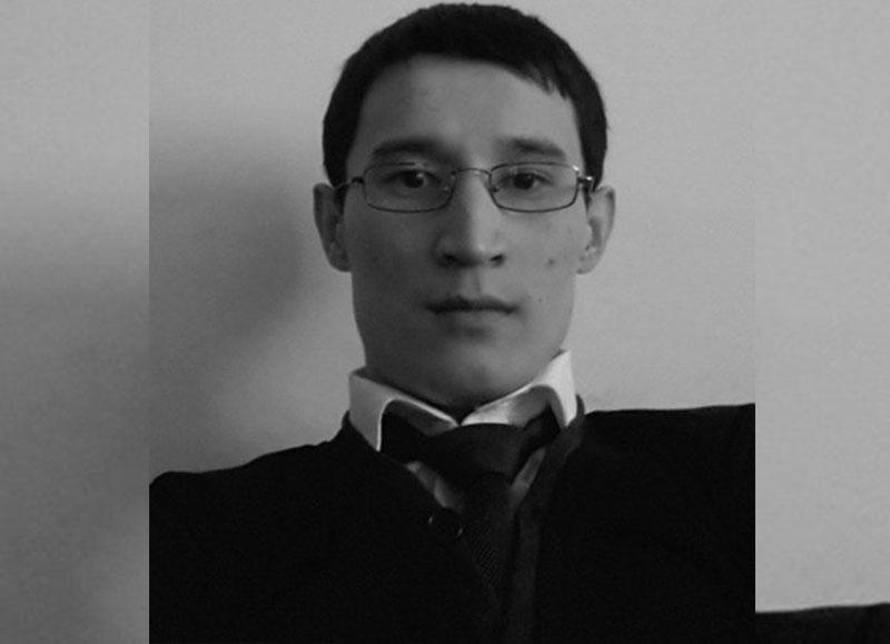 Чиновник найден повешенным в служебном кабинете в Уральске