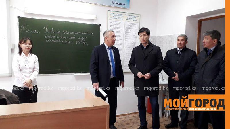 Новости Уральск - Замакима ЗКО обсудил с жителями Аксая проблемы вывоза мусора