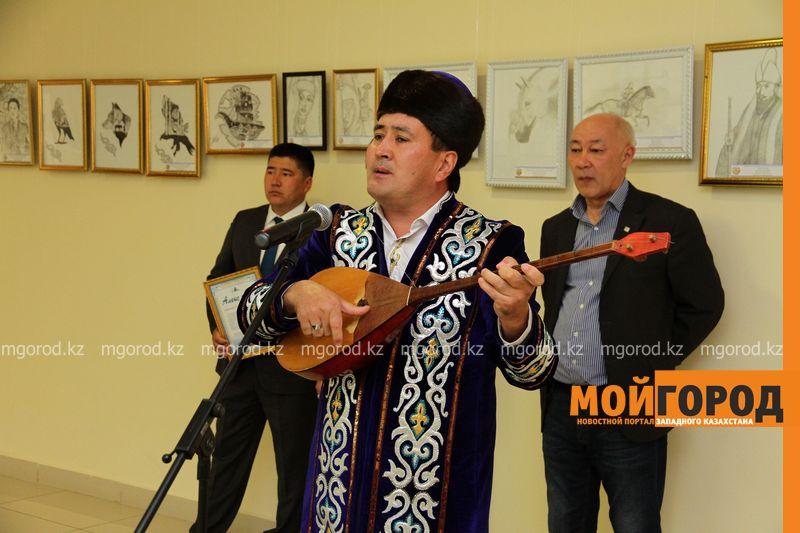 Новости Уральск - 105 картин представили на выставке района ЗКО