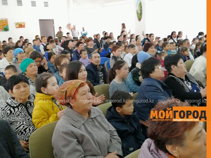 Новости Уральск - Для девочки с редким заболеванием организовали благотворительный концерт в Уральске