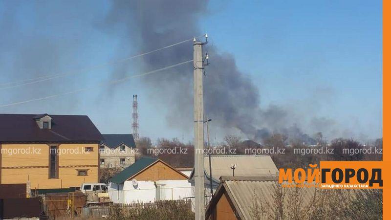 Новости Атырау - Из-за горения камыша Атырау окутало дымом