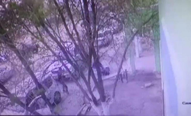 Новости Атырау - В Атырау убийство мужчины попало на видео