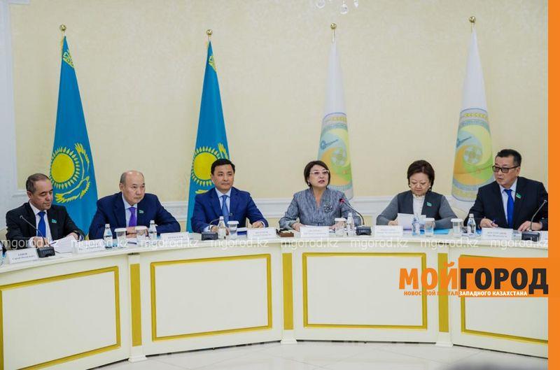 Новости Уральск - Сенаторы посетили с рабочим визитом ЗКО