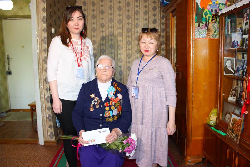 Новости Уральск - Компания «Uniserv» поздравила ветеранов с Днем Победы
