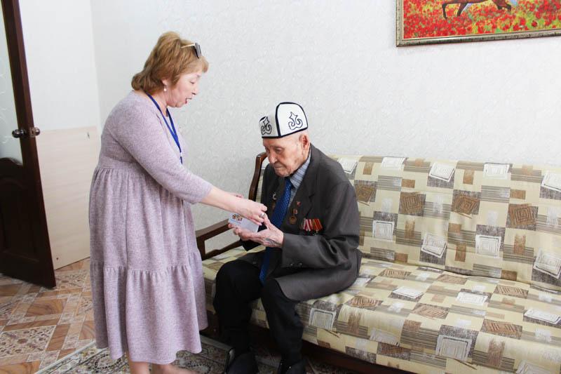 Компания «Uniserv» поздравила ветеранов с Днем Победы
