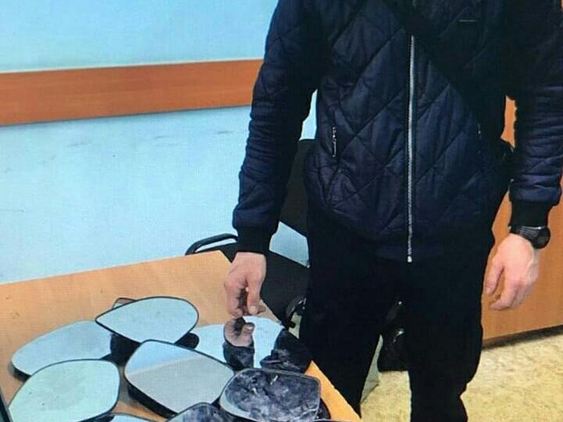 Новости Уральск - Девять краж боковых зеркал с иномарок за ночь совершил житель Уральска