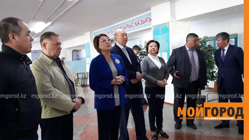 Новости Уральск - Сенаторы посетили Бурлинский район