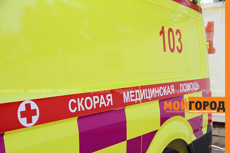 Два медработника и водитель санитарного транспорта погибли в ДТП в Атырауской области В ЗКО ученик ручкой повредил глаз однокласснику