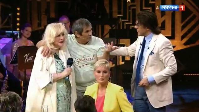 Новости Актау - Он всех разводит! - Барии Алибасов плюнул в Малахова в субботнем эфире