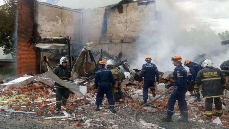 Семь человек пострадали при  взрыве на СТО
