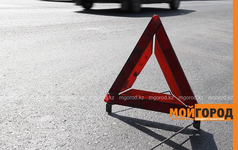 Новости Уральск - Машина скорой помощи сбила человека в Уральске