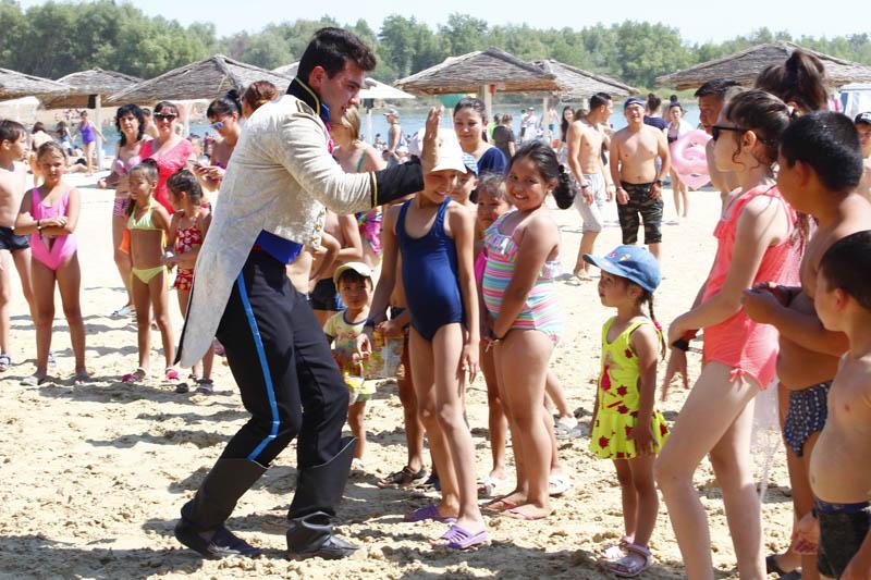 Новости Уральск - Семейный отдых на пляже предлагает база отдыха «Saya» в Уральске