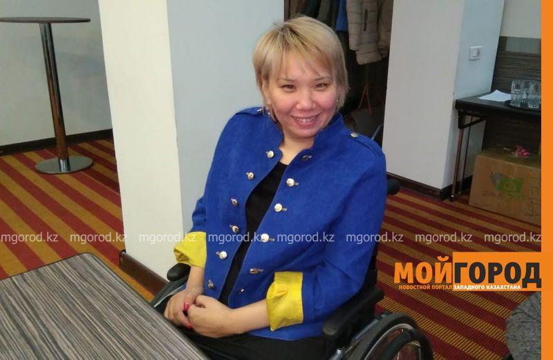 Новости Атырау - Платья для особенных девушек шьет атырауская швея